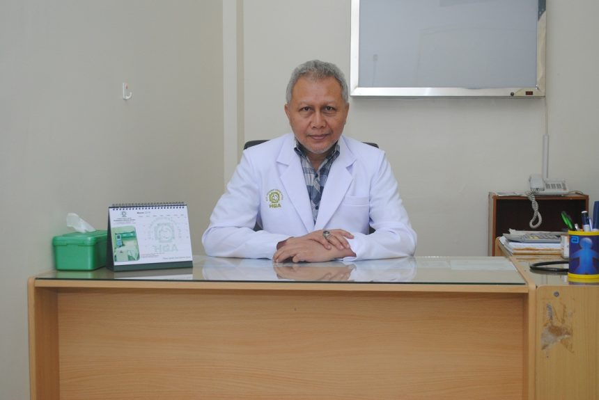 dr. Dharmawan W, Sp.PD
