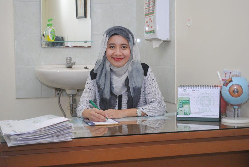 dr. Roza Irawati,Sp.M
