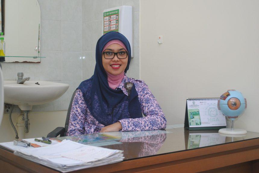 dr. Tri Ayu Lestari, Sp.M