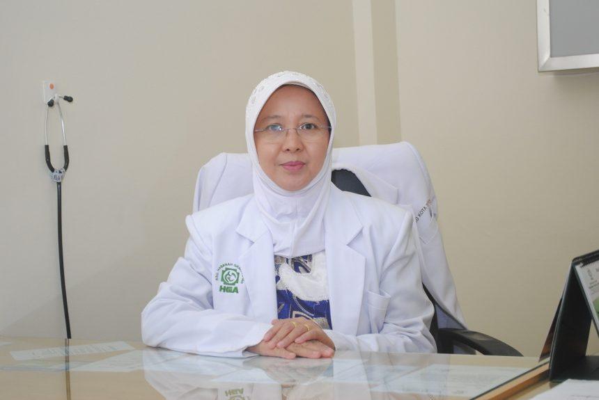dr. Desi Fitriani, Sp.PD