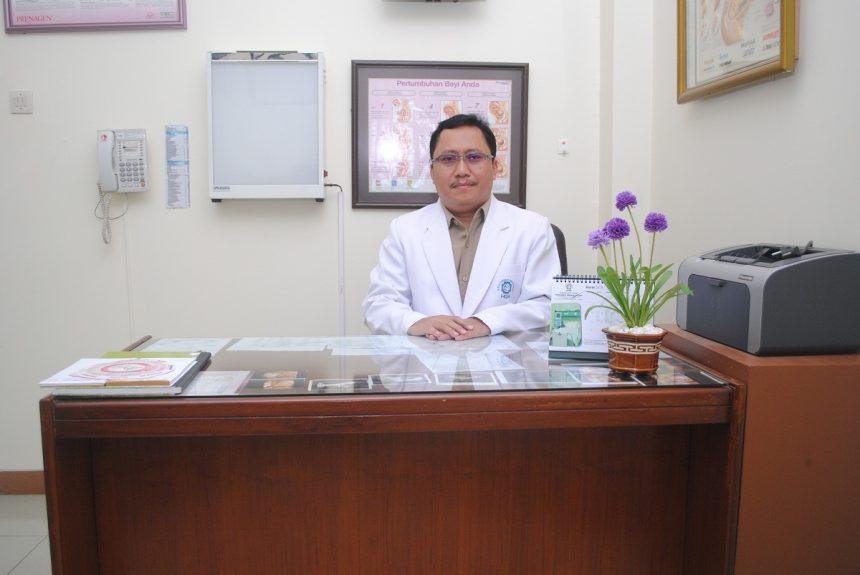 dr. Sumidi, Sp. B