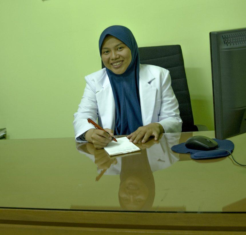 dr. Ummu Habibah, Sp.PD