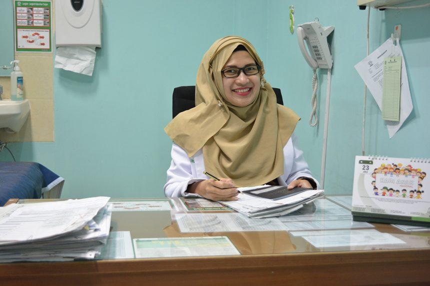 dr. Ingga Gebyarani, M.Biomed, Sp.A