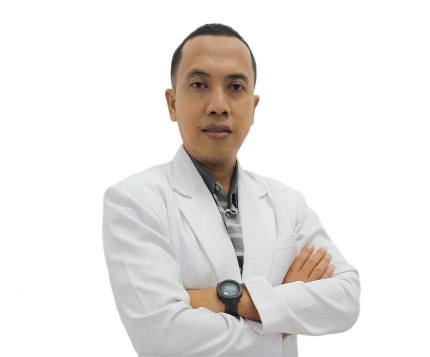 dr. Achmad Nugroho, Sp.U